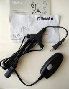 コンセント式の調光器はテーブルランプやフロアランプにお勧め。工事も無く、すぐに調光できます。 DIMMA by IKEA